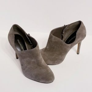 """Sole Society   4"""" Gray Suede Booties (Size 8.5)"""
